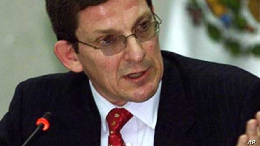 Marc Grossman, chosen by Secretary of State Hillary Clinton as the new special envoy to Afghanistan and Pakistan, served as US ambassador to Turkey (FILE).