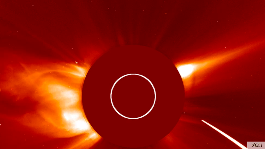 A comet is seen hurtling toward the sun at over 2 million kilometers per hour.