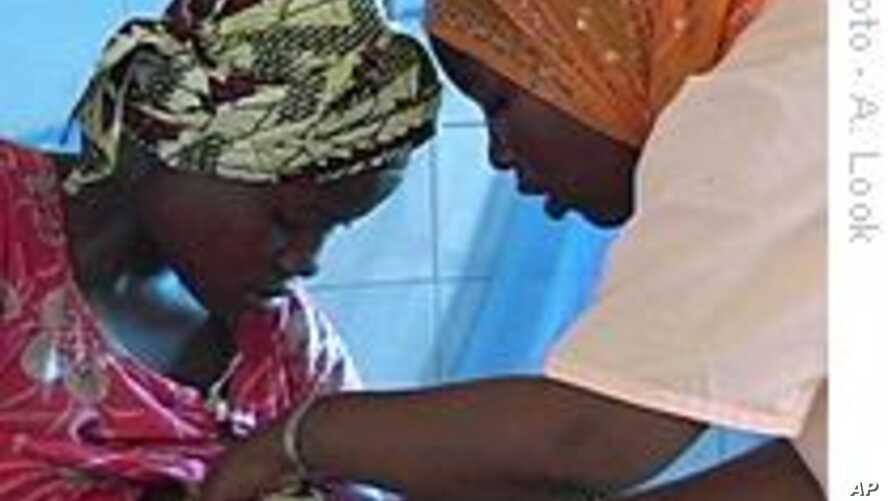 Senegal Health Workers Struggle with Prenatal Care for Rural Women