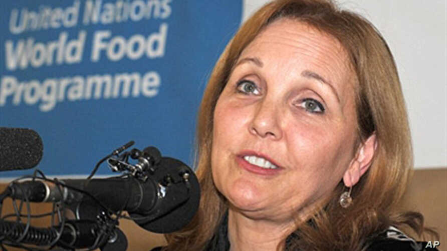 World Food Program executive director Josette Sheeran speaks during the press conference ahead of a rare visit to North Korea. 28 Oct. 2010. A recent UN report warned North Korea is heading for a new food crisis.