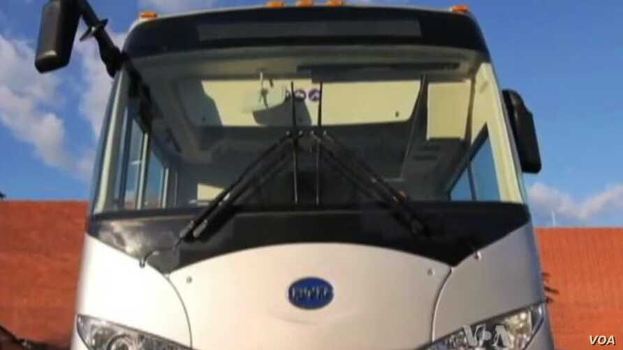 Chinese Electric Bus Company Charges Into US