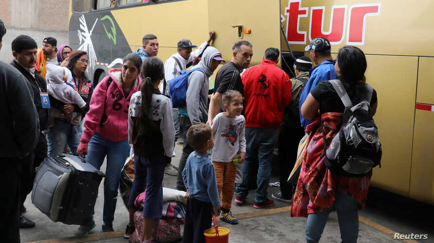 Venezuelan migrants arrive from the northern city of Tumbes, border with Ecuador,  to the bus terminal in Lima, Peru, Aug. 22, 2018.