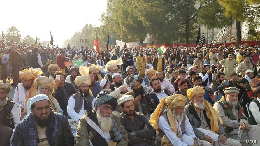 tribesmen protesting against fata merger with KP in Islamabad-December 30, 2017