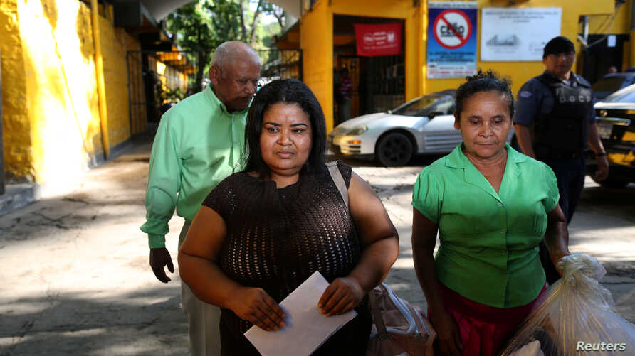 Maira Veronica Figueroa, who was sentenced to 30 years behind bars for charges of abortion, is released from jail after the Supreme Court of El Salvador commuted her sentence, in IIopango, El Salvador, March 13, 2018.