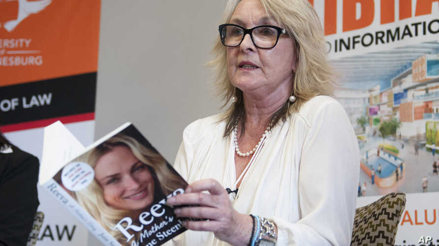 June Steenkamp, the mother of the late Reeva Steenkamp who was shot dead by her  boyfriend Oscar Pistorius in 2013, speaks at the launch of her book, 'Reeva, A Mothers Story.' in Johannesburg, March 10, 2015.