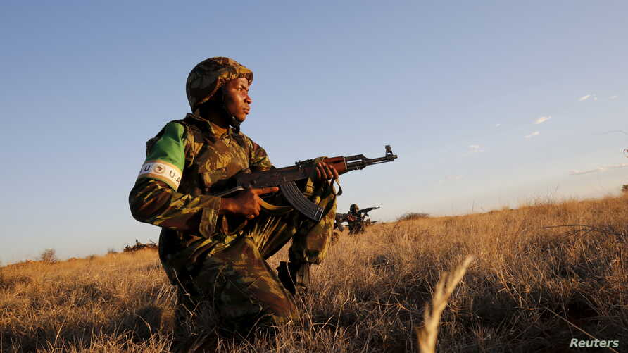 Mozambican soldiers join exercises as part of the African Union's African Standby Force (ASF) at the South Africa National Defense Force's Lohatla training area, Oct. 27, 2015.