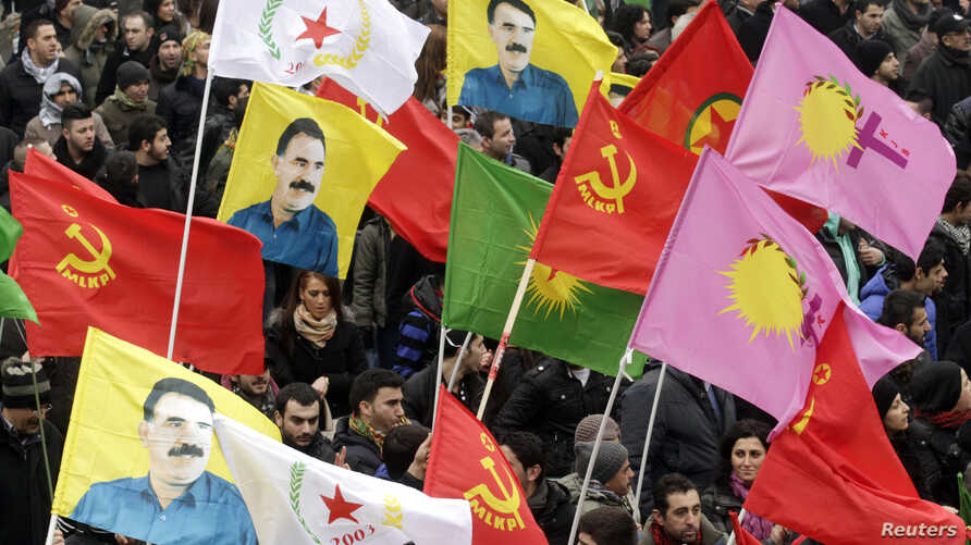 Kurds take part in a demonstration calling for the release of Kurdistan Workers Party [PKK] leader Abdullah Ocalan, in Strasbourg, eastern France, Feb. 16, 2013. (Reuters)