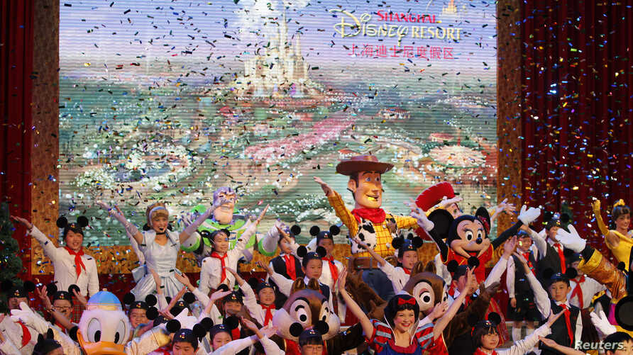 Dancers perform during the groundbreaking ceremony of Shanghai Disneyland in Pudong, China, April 8, 2011.