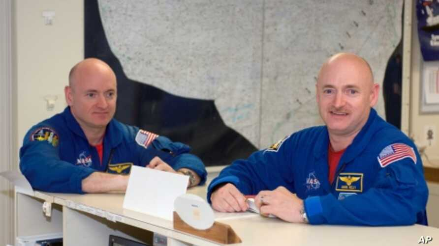 Astronauts Mark Kelly (right) and twin Scott Kelly (left) will rendezvous at the International Space Station in late February 2011.