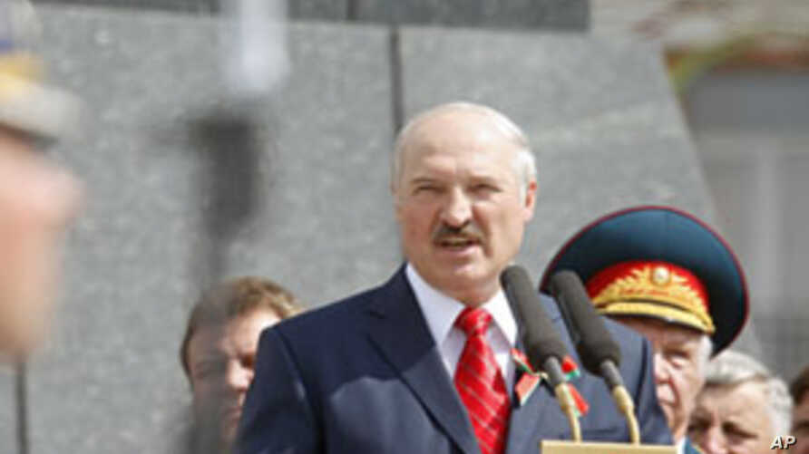 Belarus Goes Bankrupt Without Any Savior in Sight