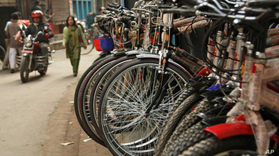 Increased walking and cycling will benefit health and climate more than lower emission vehicles
