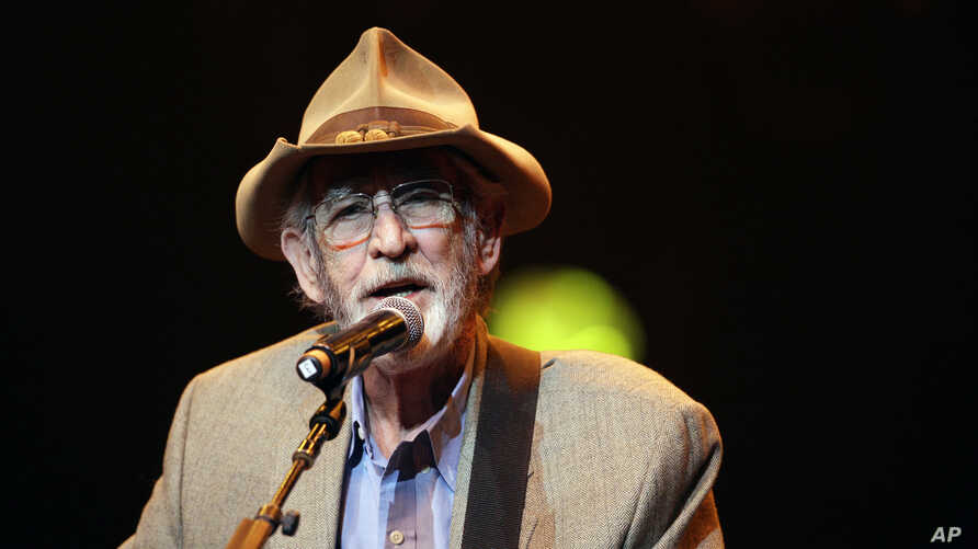 FILE - Don Williams performs during the All for the Hall concert in Nashville, Tenn., April 10, 2012.