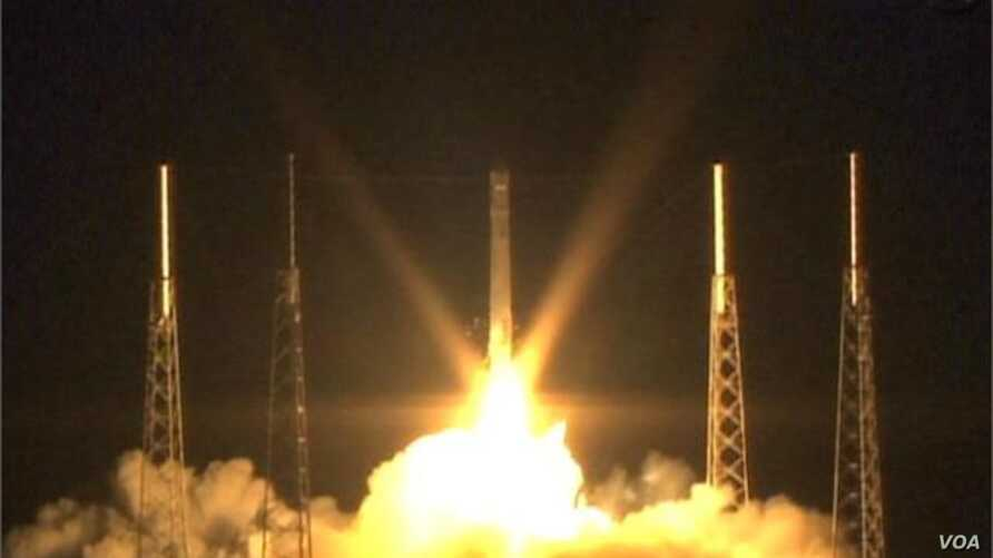 SpaceX Capsule Heads to International Space Station