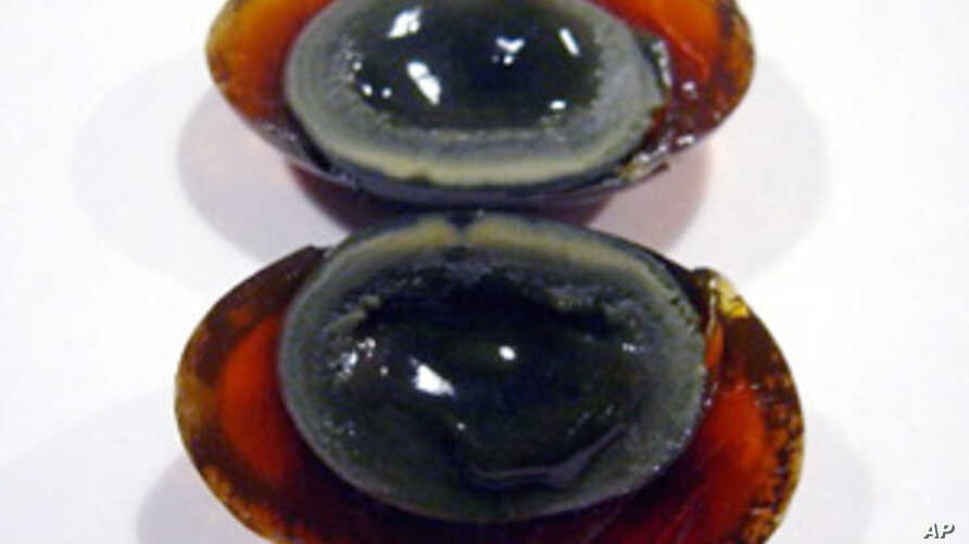 Chinese Firm Demands CNN Apology for Century Egg Slur