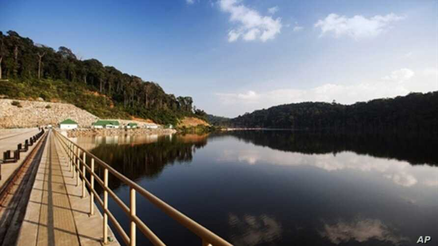 Laos Inaugurates Dam, Hopes for Major Economic Boost