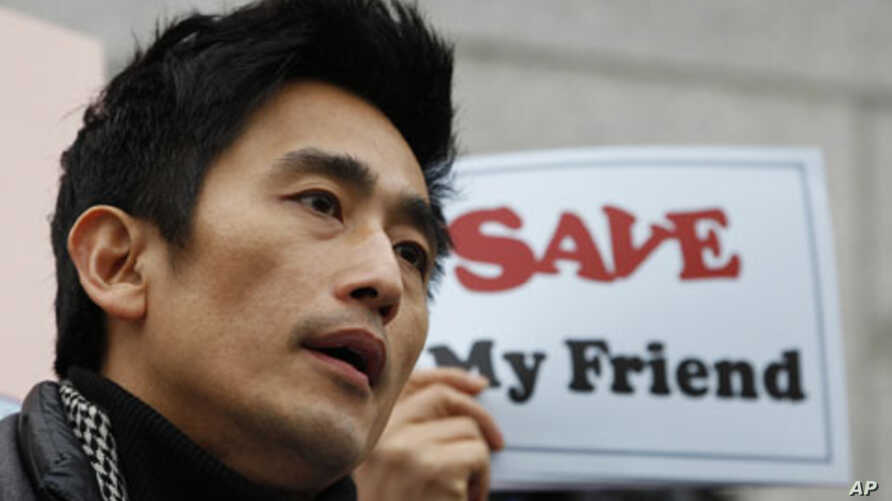 South Korean actor Cha In-pyo delivers a speech during a rally against the Chinese government's arrest of North Korean refugees, near the Chinese Embassy in Seoul, South Korea, Feb. 21, 2012.