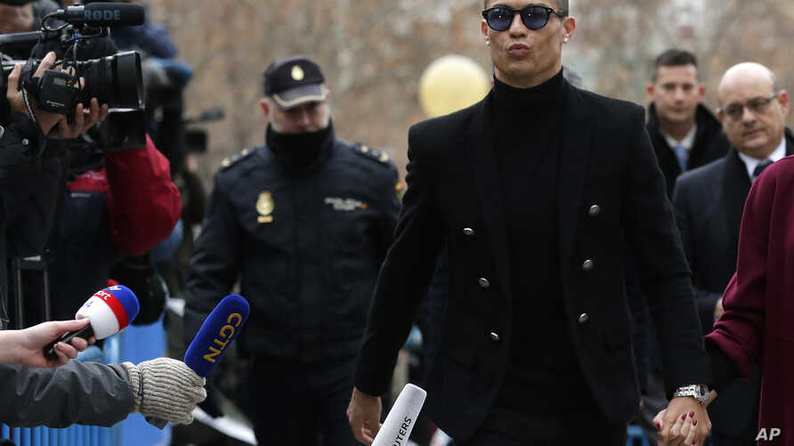 Juventus forward Cristiano Ronaldo arrives at court in Madrid, Spain, Jan. 22, 2019.