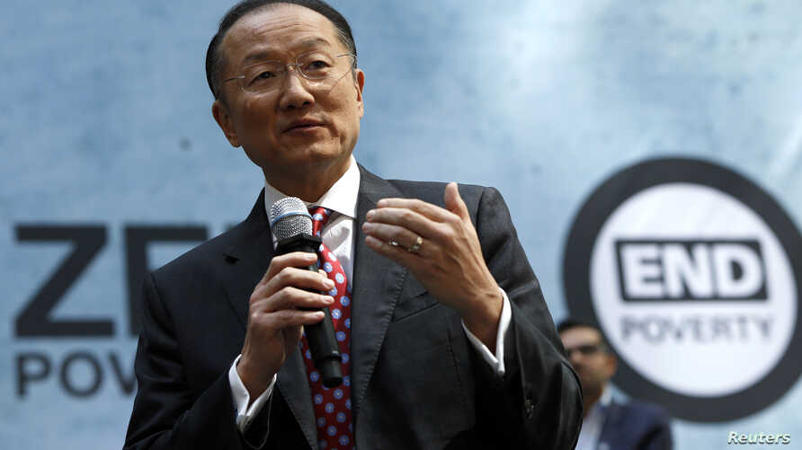 """World Bank Group President Jim Yong Kim addresses the crowd at a program for the """"EndPoverty 2030"""" campaign in Washington, Apr. 10, 2014."""