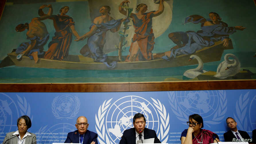 Christopher Sidoti, Marzuki Darusman and Radhika Coomaraswamy, members of the Independent International Fact-finding Mission on Myanmar attends a news conference on the publication of their final written report at the United Nations in Geneva, Switze
