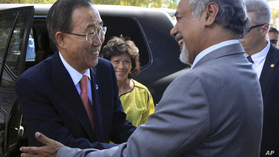 UN Secretary General Ban Ki-moon, left, is greeted by East Timorese Prime Minister Xanana Gusmao prior to their meeting in Dili, East Timor, August 15, 2012.