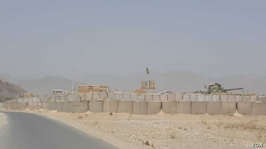 A fortified compound used by the army and district administration is seen in Khak e Jabbar. (A. Tanzeem/VOA)