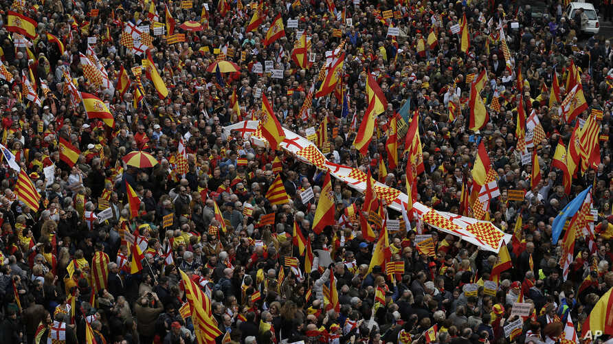 Pro-Spanish demonstrators protest in center of Barcelona, Spain, March 4, 2018.