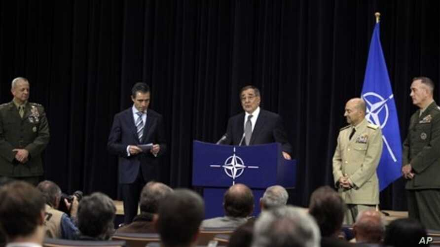 From left: U.S. General John Allen, nominated as Supreme Allied Commander Europe, NATO Secretary General Anders Fogh Rasmussen, United States Secretary of Defense Leon Panetta, current Supreme Allied Commander Europe U.S. Admiral James Stavridis, and