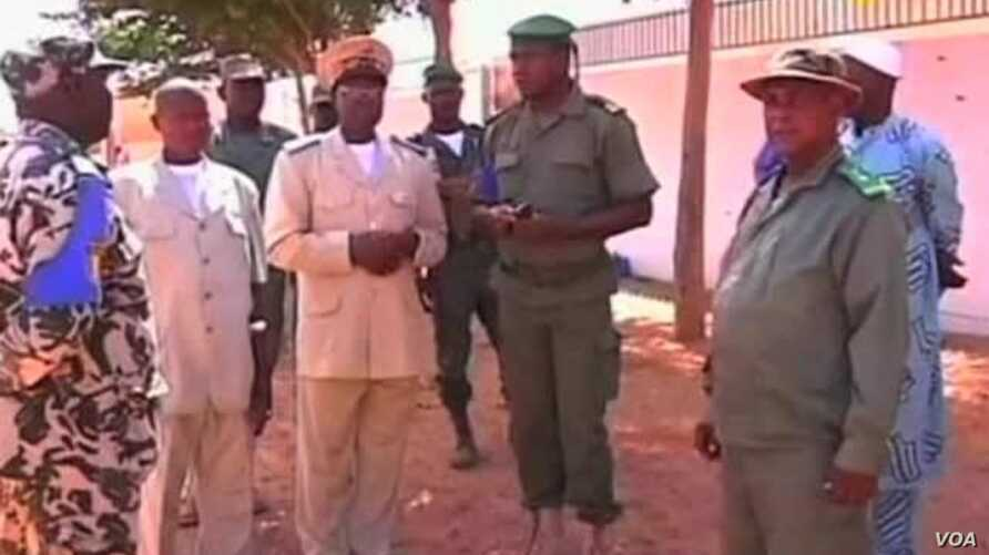 US Trying to Help Fight Terrorism in Mali Without Funding Mali Military