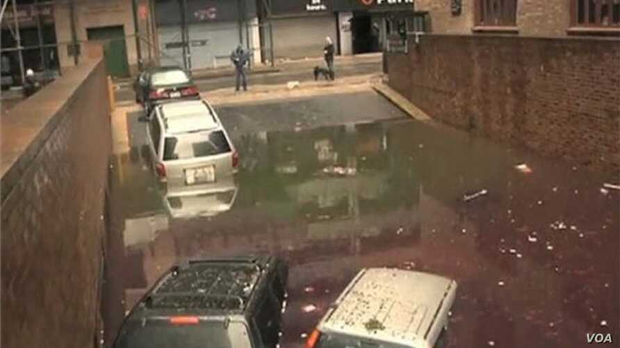 New York City Slowly Cleans Up After Sandy