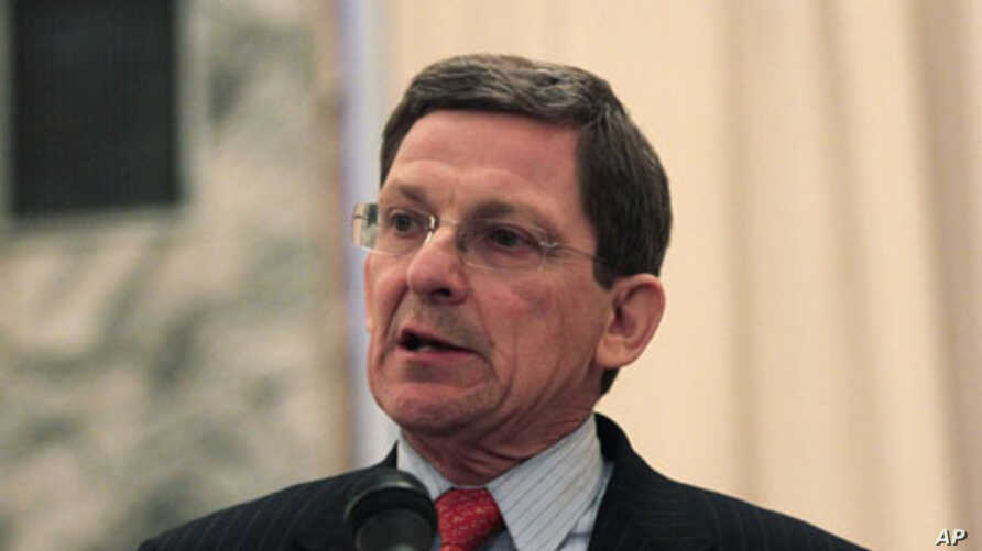 U.S. special envoy for Afghanistan and Pakistan Marc Grossman speaks during a news conference in Kabul January 22, 2012.