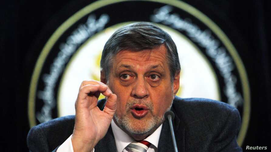 UNAMA head Jan Kubis at news conference in Kabul, March 27, 2013.