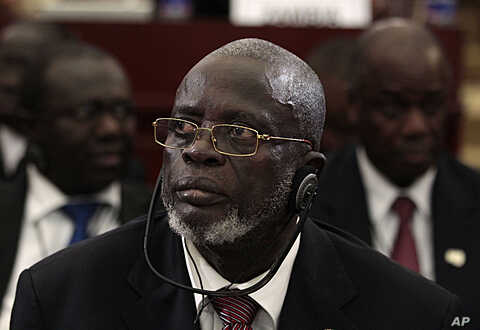 Guinea-Bissau President Malam Bacai Sanha listens during a session of the 17th African Union Summit at the Sipopo Conference Center, outside Malabo, Equatorial Guinea, (file photo June 30, 2011).
