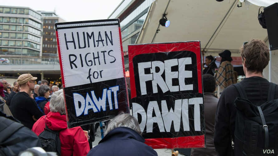 Protesters demand freedom for journalist Dawit Isaak who is being held in a prison in Eritrea.