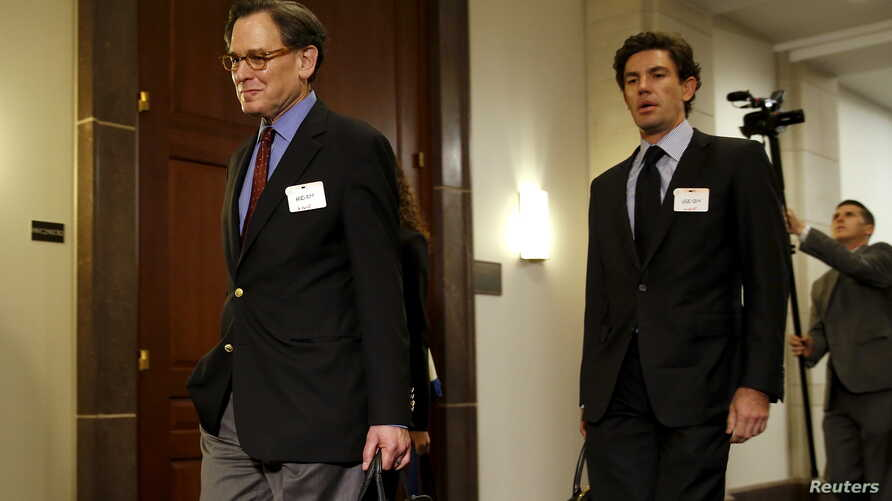 Sidney Blumenthal (L), a longtime Hillary Clinton friend who was an unofficial adviser while she was secretary of state, arrives to be deposed in private session of the House Select Committee on Benghazi at the U.S. Capitol in Washington, June 16, 20