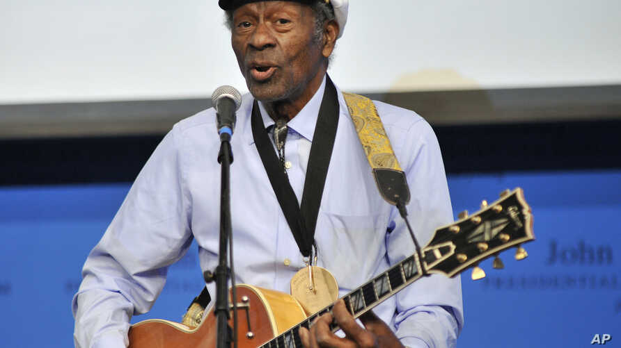 """FILE - Rock 'n' roll legend Chuck Berry performs """"Johnny B. Goode"""" at the John F. Kennedy Presidential Library and Museum in Boston, Feb. 26, 2012."""