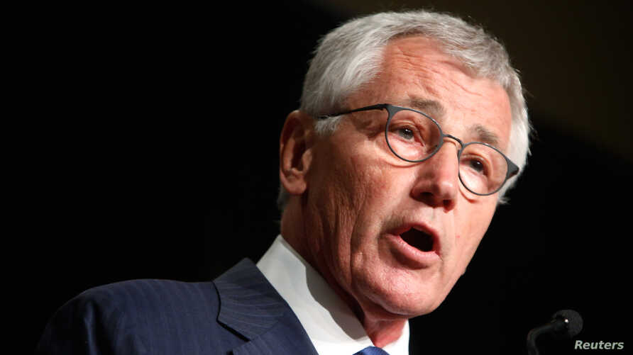 U.S. Defense Secretary Chuck Hagel delivers the keynote address to the Association of U.S. Army annual meeting in Washington October 15, 2014.  REUTERS/Jonathan Ernst (UNITED STATES - Tags: POLITICS MILITARY) - RTR4ABMX