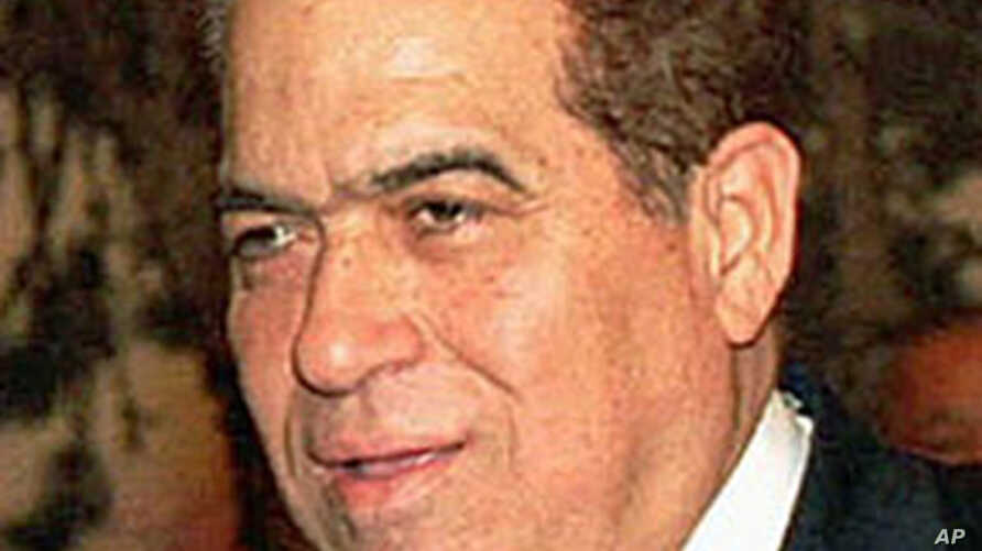 Egyptian Prime Minister Kamal el-Ganzoury (file photo)