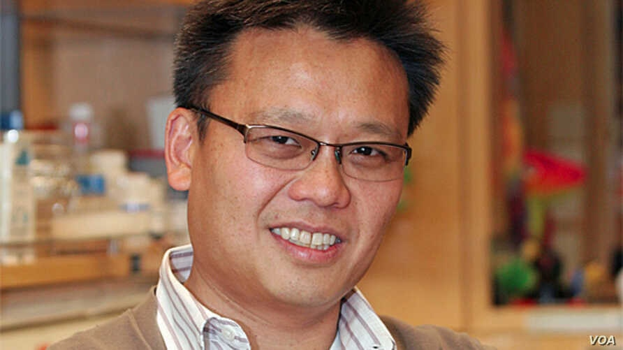 Director of the UCSF Center for Systems and Synthetic Biology,  Wendell Lim (UCSF).