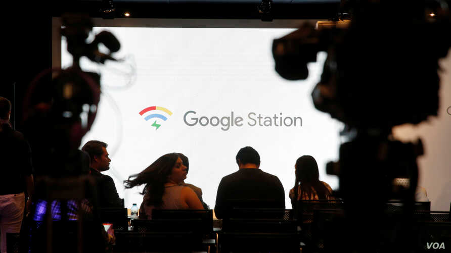 Journalists wait at a news conference, for the launch of Google Station, a network of free WI-FI hotspots across the country, beginning in Mexico City, March 13, 2018.
