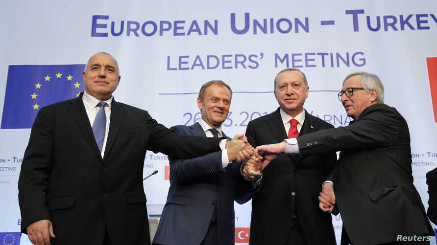 Bulgaria's Prime Minister Boyko Borissov, European Council President Donald Tusk, Turkish President Tayyip Erdogan and European Commission President Jean-Claude Juncker pose following a news conference at Euxinograd residence near Varna, Bulgaria, Ma