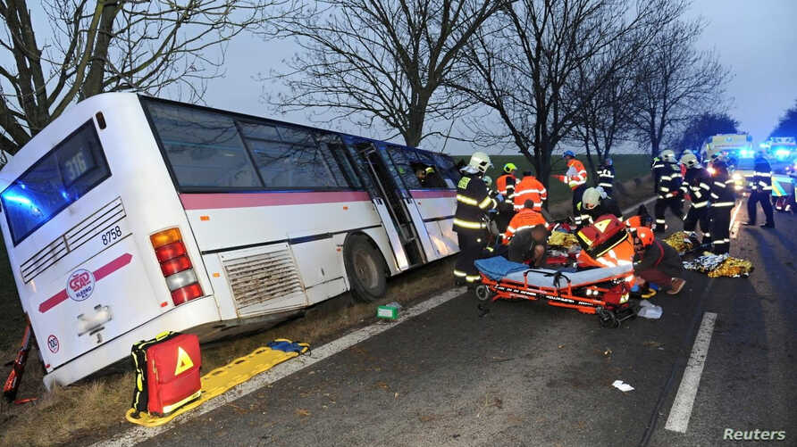 A photo obtained from social media shows a general view of the aftermath of a bus crash in Horomerice, in the suburbs of Prague, Czech Republic, Jan. 12, 2018. (Twitter/@HASICIPRAHA/via REUTERS)