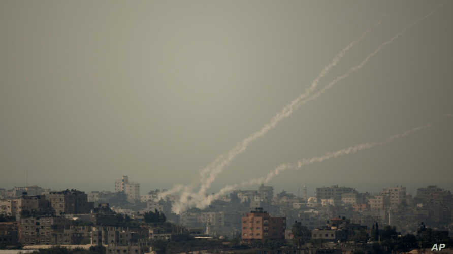 Smoke trails of rocket fired by Palestinian militants from Gaza Strip towards Israel, October 24, 2012.