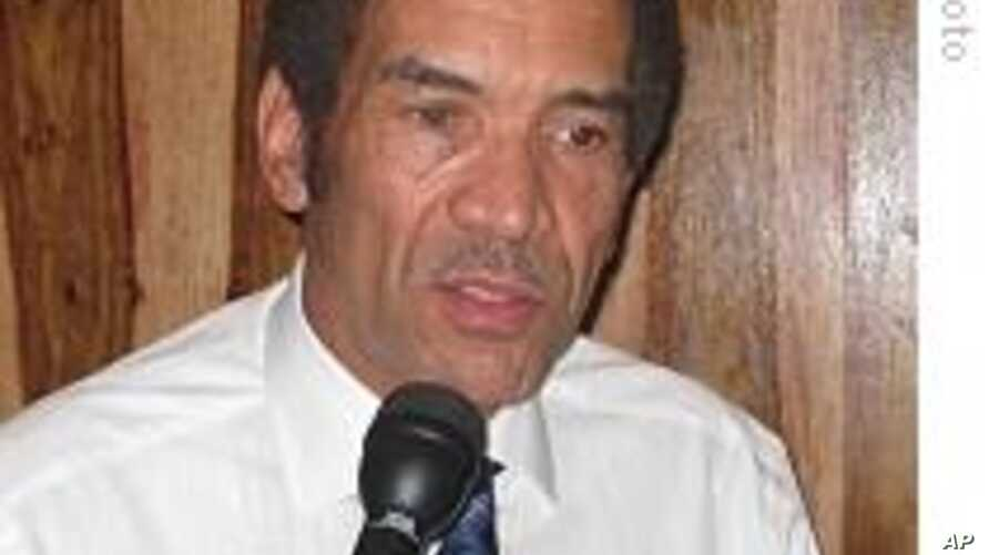 Botswana President Urges Democratic Reforms in African Trouble Spots