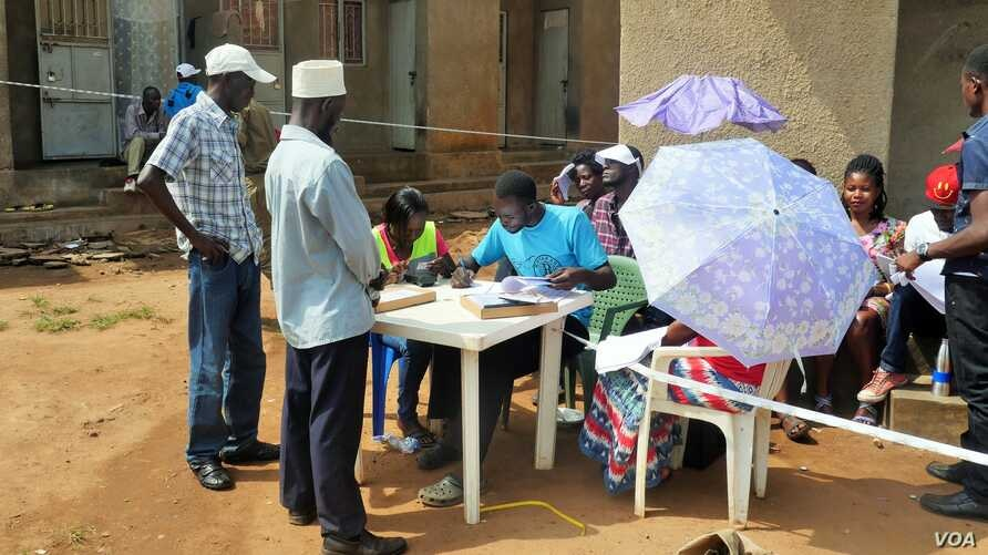 A polling station in the Kamwokya neighborhood of Kampala, Uganda, saw a low turnout during local elections, with only a fraction of those registered arriving to vote, Feb. 24, 2016.
