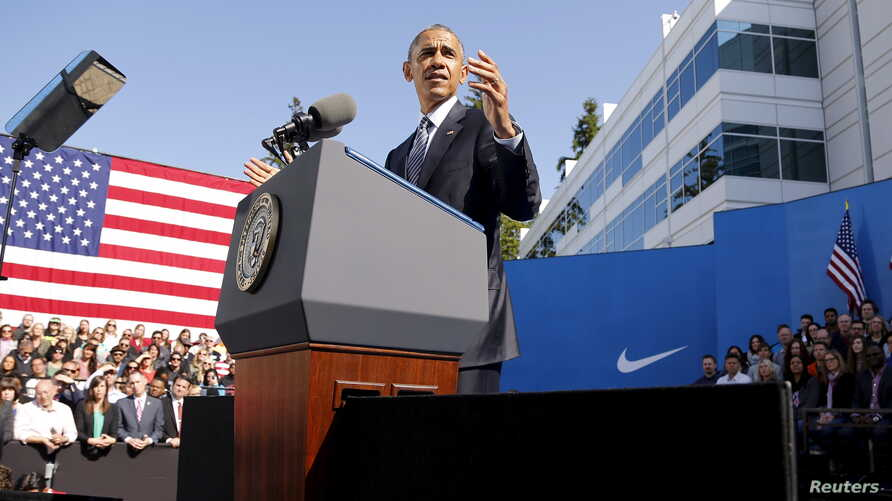 U.S. President Barack Obama delivers remarks on trade at Nike's corporate headquarters in Beaverton, Oregon, May 8, 2015.