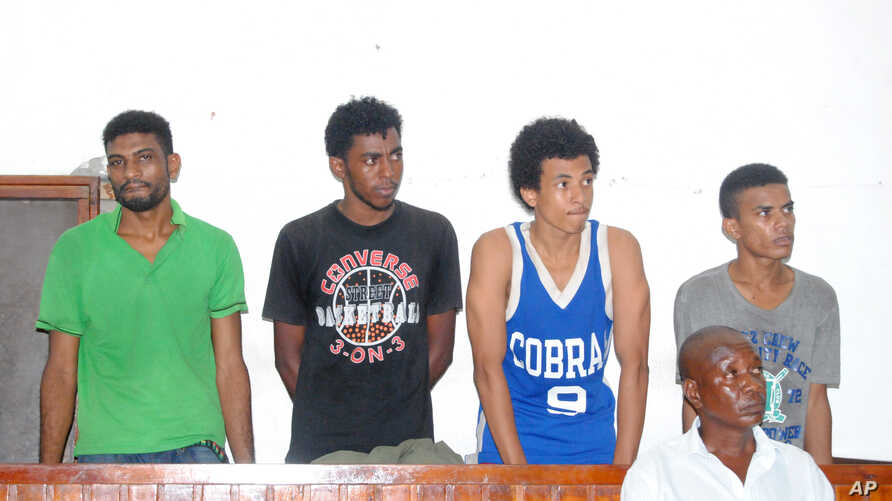 From left to right, Mohamed Kassim, Faraj Swaleh, Ali Omar and Kassim Ali at the Mombasa law court, March 7, 2016, after they were arrested by Kenya police, allegedly attempting to leave the country through the border with Uganda to join extremist gr