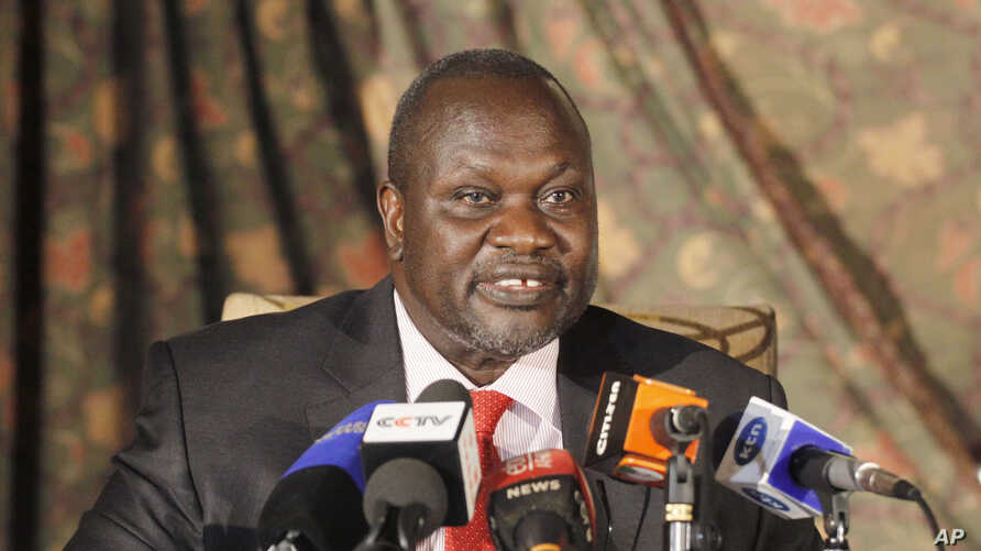 South Sudan rebel leader Riek Machar addresses journalists during a news conference in Nairobi, Kenya, July 8, 2015.