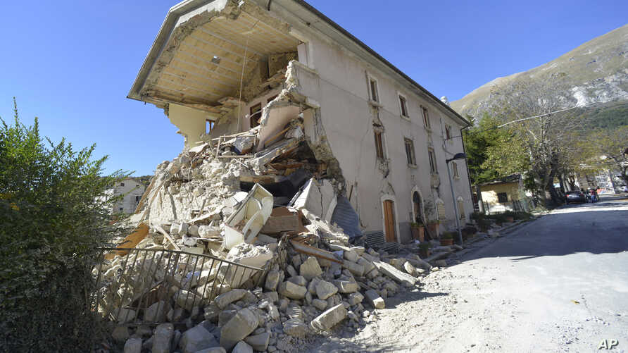 A destroyed house in the village of  Pretare, near Arquata del Tronto, Italy, Nov. 1, 2016. Earthquake aftershocks gave central Italy no respite on Tuesday, haunting a region where thousands of people were left homeless and frightened by a massive we