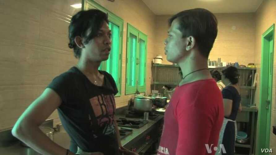 India's Gay Community Fights for Acceptance, Equality