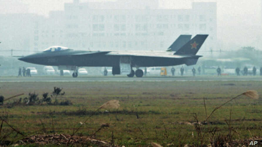 An aircraft that is reported to be a Chinese stealth fighter is seen in Chengdu, Sichuan province, in this picture leased by Kyodo news agency, 8 Jan 2011